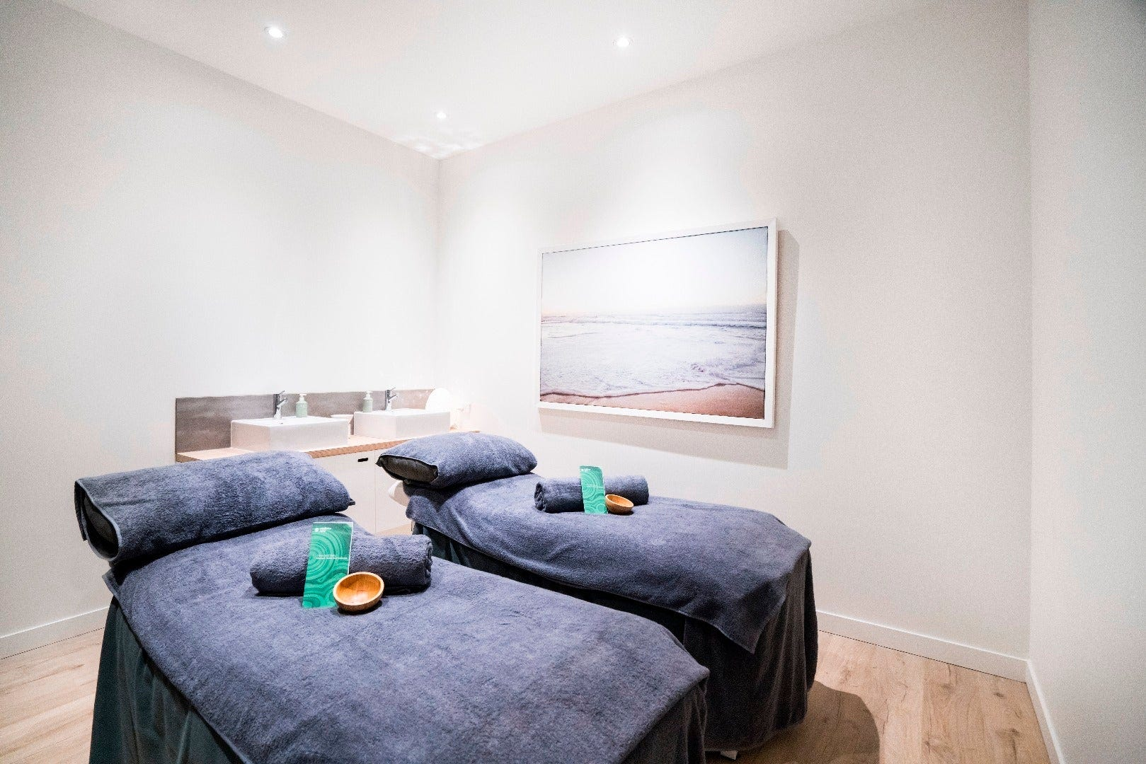 Day Spa Coolangatta Couples Treatment Room