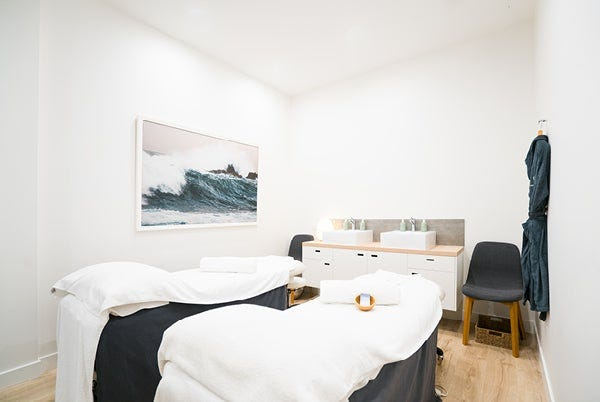 Doncaster Day Spa Couples Treatment Room
