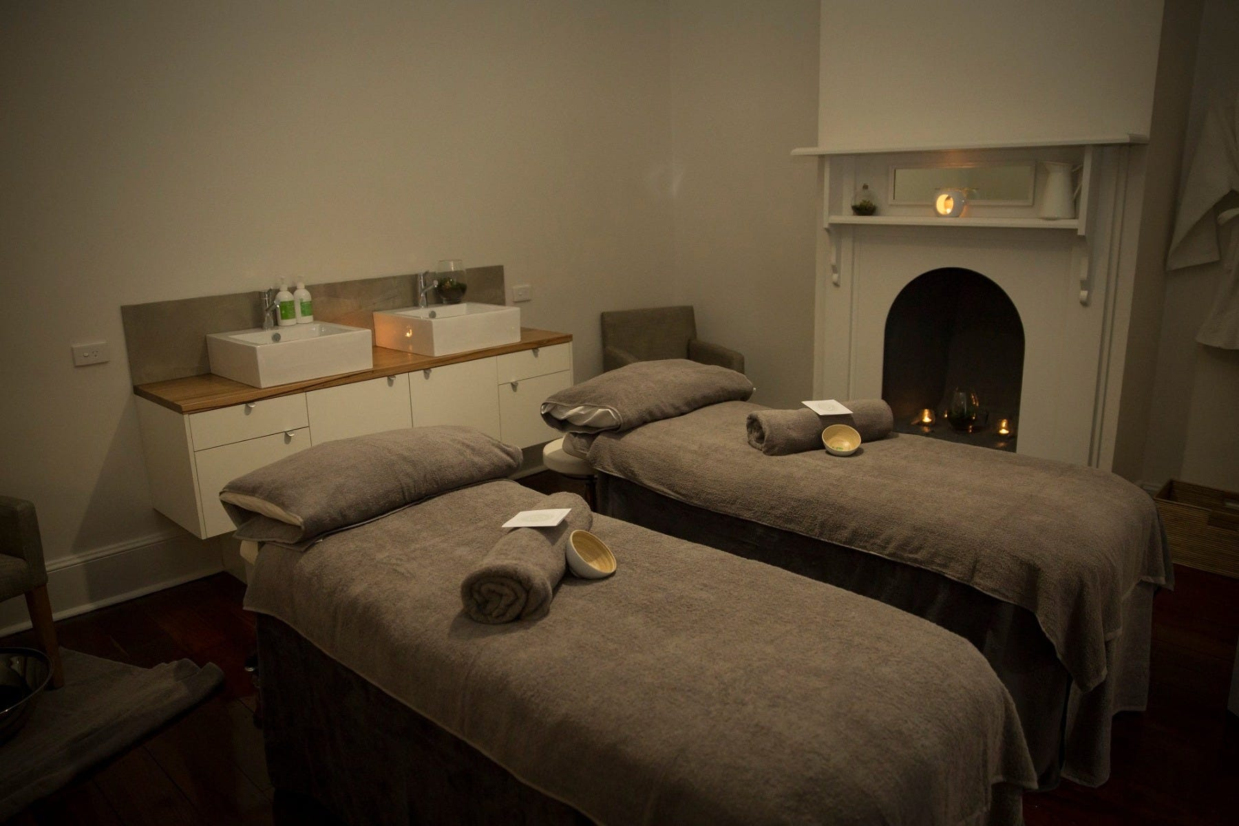 Fremantle Day Spa Couples Treatment Room
