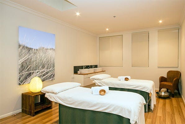Lorne Day Spa Couples Treatment Room